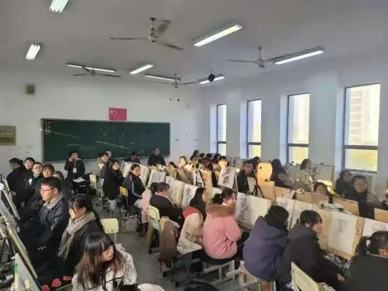 教师2.jpg
